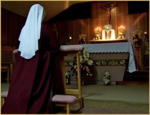 adoration-nun